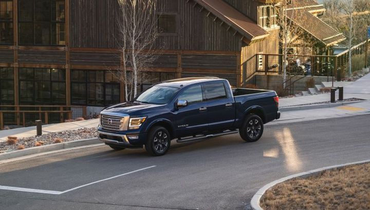 The 2021 Nissan Titan is equipped with a standard 5.6L Endurance V-8 with best-in-class 400 horsepower and 413 lb.-ft. of torque. - Photo: Nissan