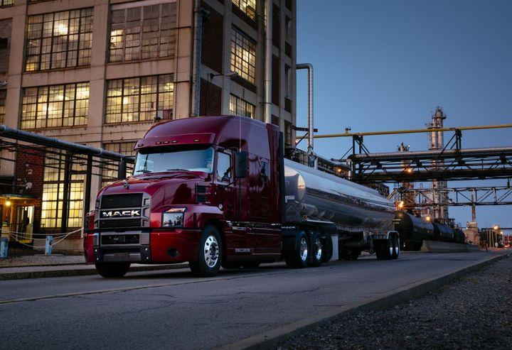 Mack Trucks and Volvo Trucks North America have signed an MOU with Samsara. - Photo: Mack Trucks