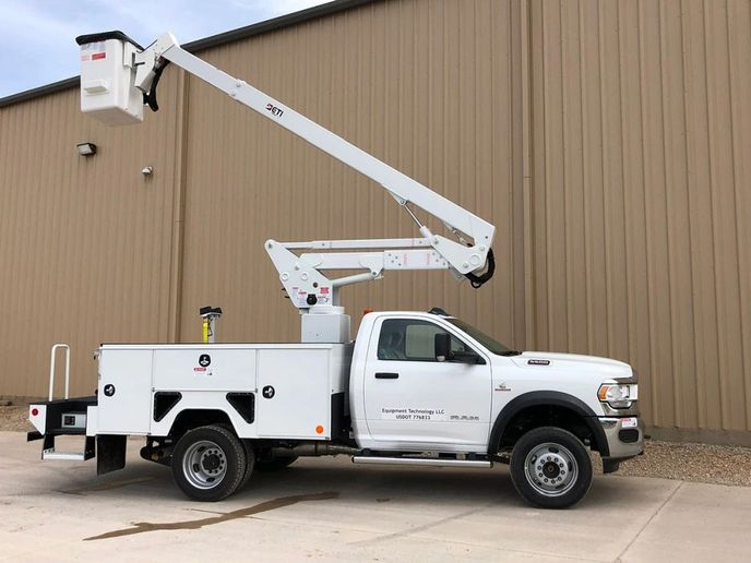 The2020 ETI ETC 37 IH is an aerial lift truck on the 2020 Ram 5500 with the 6.7L diesel. - Photo: Equipment Technology LLC