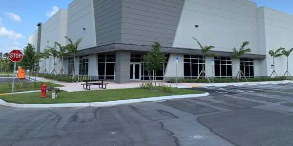 The new 35,000 square foot facility in Palm Beach expands Strobes-R-Us presence to second...