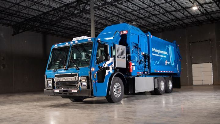 Featuring a fully electric integrated powertrain, the Republic Mack LR Electric is equipped with two electric motors with a combined output of 536 peak horsepower. The powertrain delivers 4,051 lb.-ft. of torque available from zero RPM. - Photo: Mack Trucks