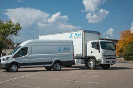 流体卡车订购600辆闪电电动卡车和货车