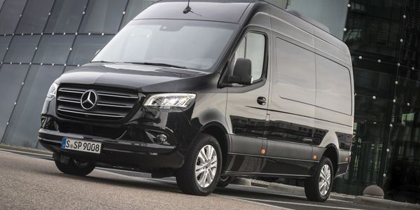 Mercedes-Benz Vans  recently introduced a new 2.0L four-cylinder diesel engine for the Sprinter...