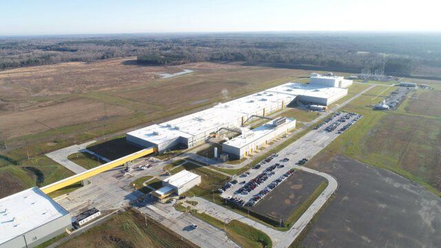 Continental Ships First Truck Tires from Clinton Plant