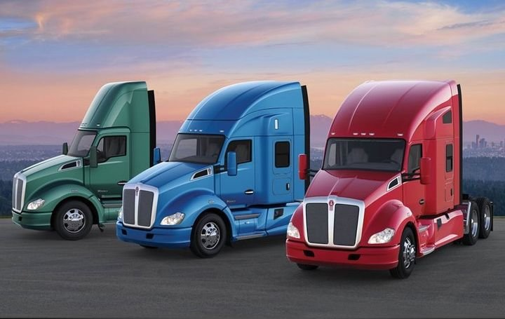 The T680 is available with 52-inch and 76-inch mid-roof sleepers, along with the company's 40-inch sleeper.  - Photo: Kenworth