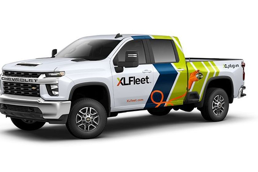 The platform is expected to begin shipping on select configurations of the Chevrolet and GMC...