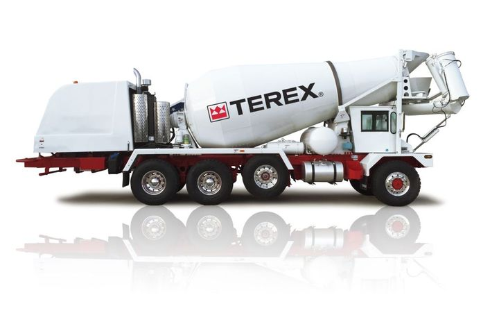 The Terex Advance FD4000 Front Discharge mixer truck features Meritor DualTrac rear axles feature disc brakes to reduce stopping distance. - Photo: Terex