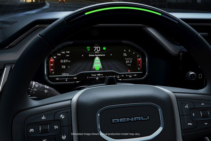 The 2022 Sierra 1500 Denali will feature hands-free driver assistance system with the introduction of Super Cruisedriver assistance technology. - Photo: General Motors