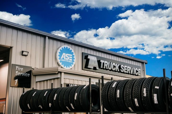 Prior to this partnership, Spireon arranged for all installations to take place on-site at a carrier's location. Now, carriers can also service their trailers while they are on the road. - Photo: TA Truck Service