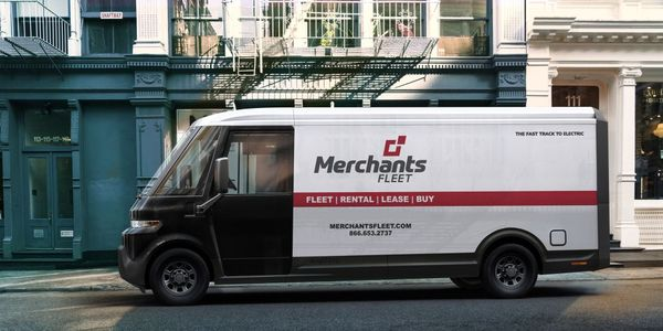 Merchants Fleet expects BrightDrop EV600s to enter its clients' fleets starting in early 2023.