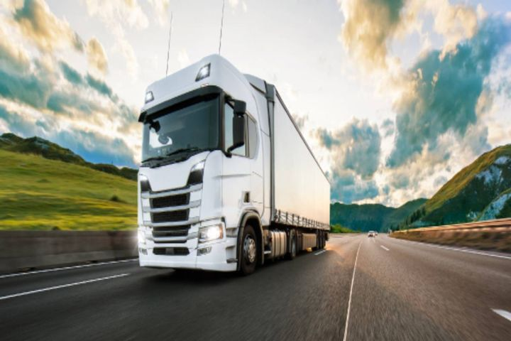 Customers can now ensure sustainable transportation operations with the next generation of fleet management technology. - Photo: Locus