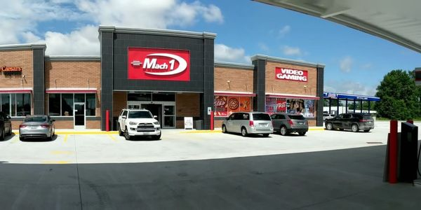 Mack 1 #12 in Frankfort, Ill., was named the top chain truck stop by Trucker Path users.