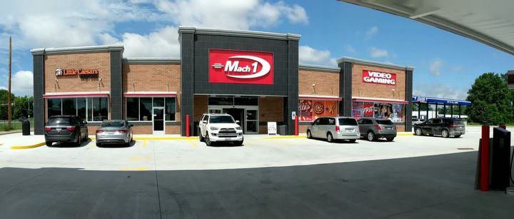 Mack 1 #12 in Frankfort, Ill., was named the top chain truck stop by Trucker Path users. - Photo: Trucker Path