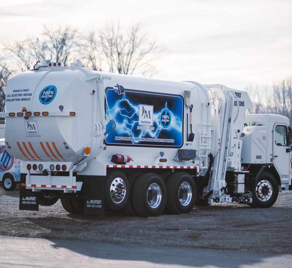 J&M Sanitation Deploys BYD Electric Refuse Trucks
