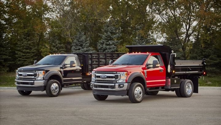 The Ford F-600 was named Work Truck;s Medium-Duty Truck of the Year for 2021. - Photo: Ford