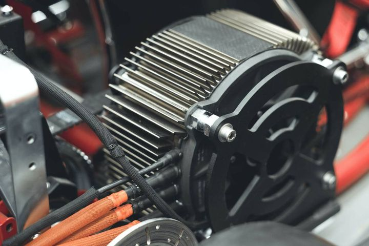 Zero Motorcycles powertrains drive SMARTPTO systems to meet zero emission worksite requirements of a growing number of utilities and public organizations. - Photo: Zero Motorcycles