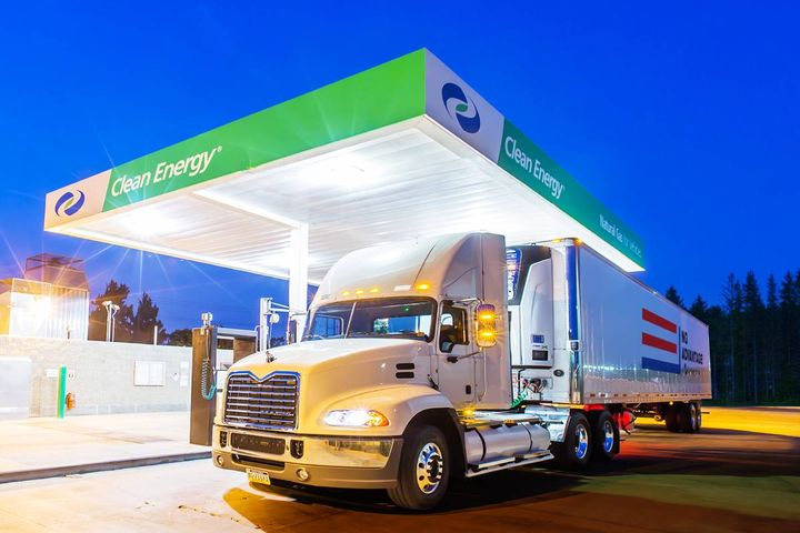 RNG reduces climate-harming greenhouse gas emissions by at least 70%, and even up to 300% depending on the source of the RNG, making it a negative carbon fuel. - Photo: Clean Energy