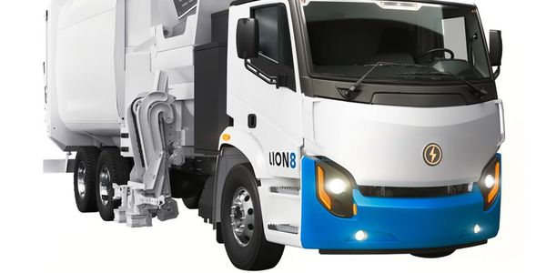 The Lion8 Refuse truck is one of the electric heavy-duty vehicles produced by Lion Electric.