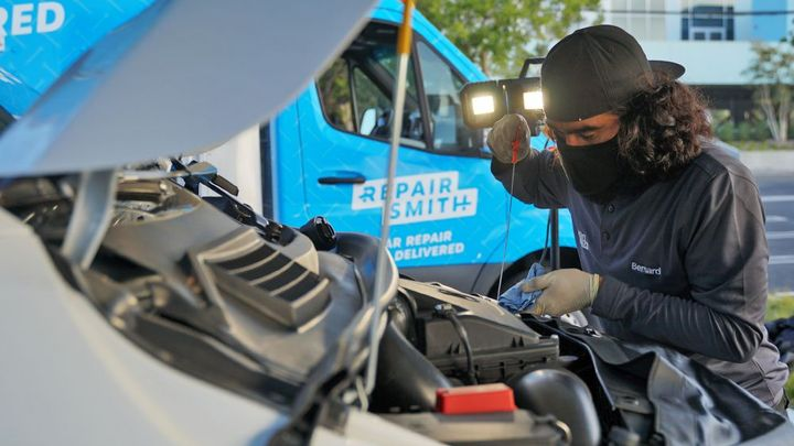 RepairSmith's certified technicians are employees of the company and drive custom-outfitted vehicles. - Photo: RepairSmith