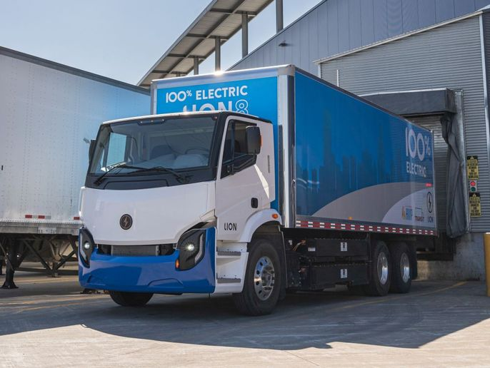 The production mix is expected to include 80 Lion8 vehicles. - Photo: Lion Electric