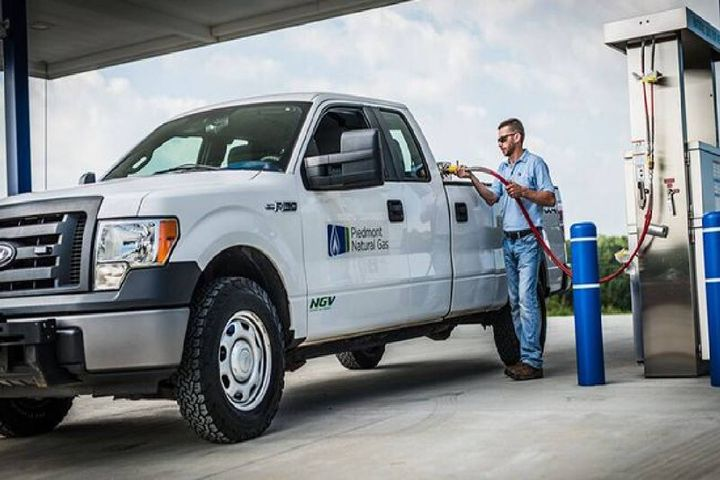 Located at exit 60 off Interstate 85, near South Carolina Highway 101, the station provides a convenient fueling stop for trucks, fleet vehicles, and other vehicles that run on CNG. - Photo:Piedmont Natural Gas