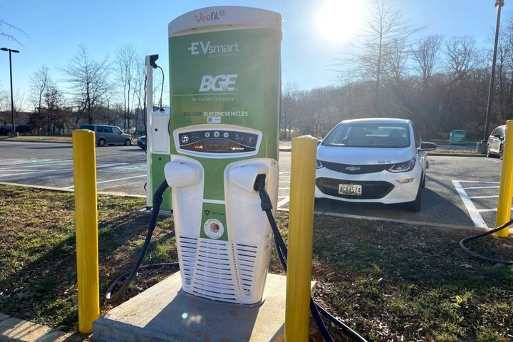 The project provides electric vehicle owners with widespread access to DC fast charging. - Photo: Tritium