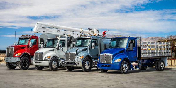 Kenworth TruckTech+Remote Diagnostics provides real-time engine health information to fleet...