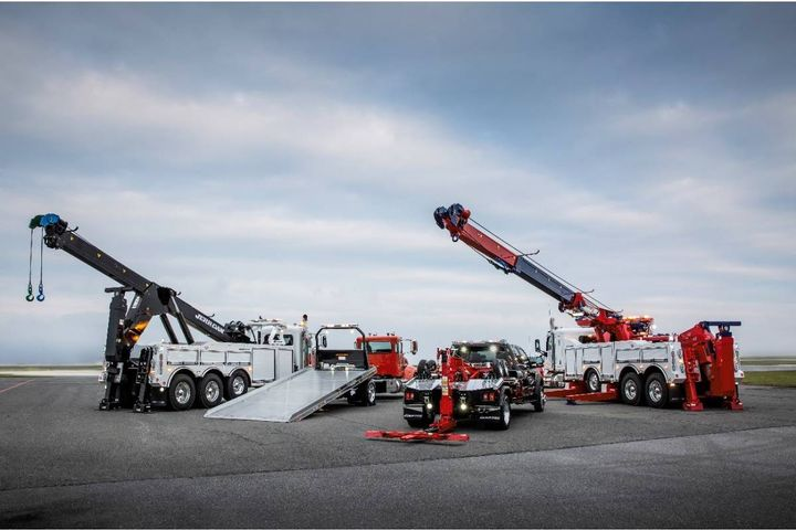 The Jerr-Dan lineup, featuring medium- and heavy-duty carriers, wreckers, and, rotators, will soon be available from all TEC Equipment locations in Nevada. - Photo:TEC Equipment