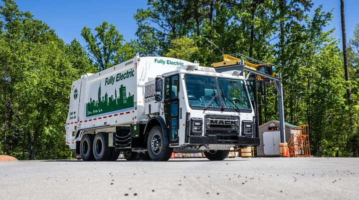 DSNY accepted the keys to the Mack LR Electric demonstration model in September 2020, when it began rigorous real-world testing in New York City. - Photo: Mack