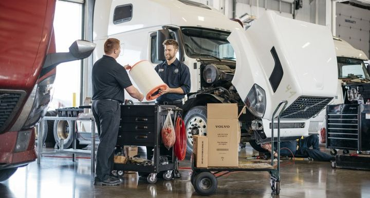 The 500-hour DATE program will train students to work on Volvo trucks, including electrical and electronic systems, software and engine diagnosis and repair, chassis components, and Volvo powertrains.