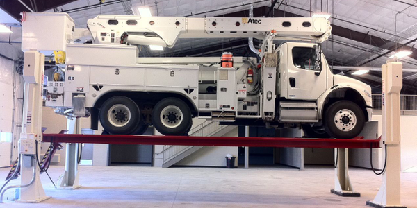 More Utility Fleets Relying on Vehicle Lifts