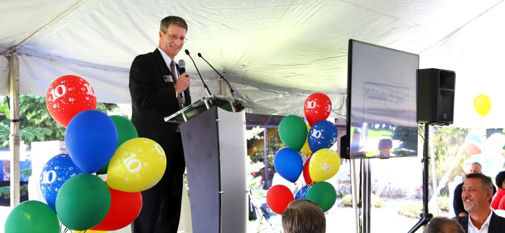 Kentwood, Mich. mayor, Stephen Kepley thanked the company for supporting the community.  - Photo courtesy of Detroit Reman