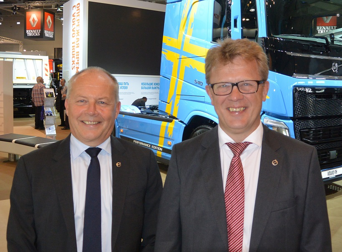 Volvo Trucks has named Roger Alm (right) as its new president, replacing Claes Nilsson (left), who is retiring at the end of the year. 