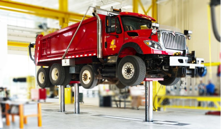 Running Oct. 8 through Oct, 13, 2018, National Lift Week showcases best practices in vehicle lift safety.