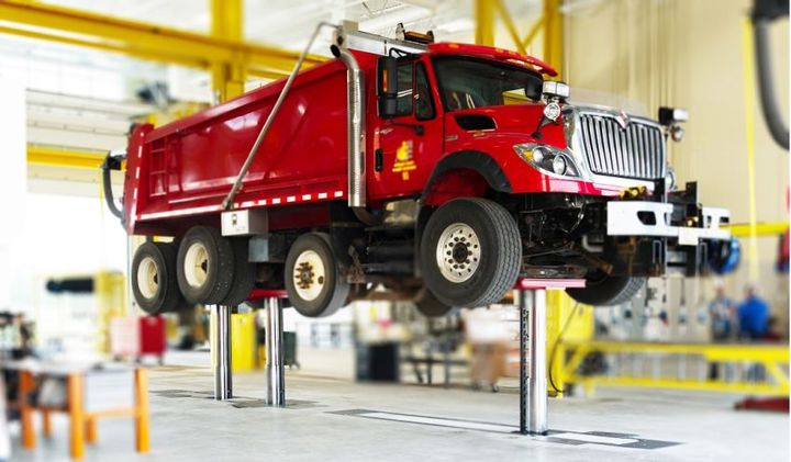 Running Oct. 8 through Oct, 13, 2018, National Lift Week showcases best practices in vehicle lift safety.  - Photo courtesy of Stertil-Koni