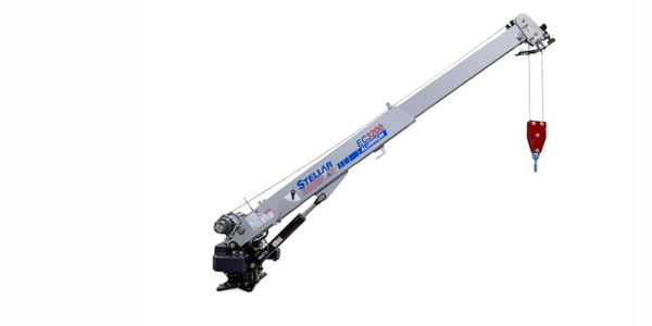 The compact Stellar EC3200 Aluminum Telescopic Crane weighs just 500 pounds, which is 230 pounds...