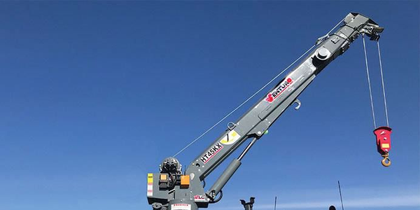 The HT45KX is a 7,800-pound hydraulic service crane.