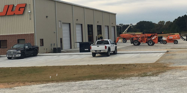 JLG's new service center in Hiram, Ga., will inspect, maintain, and repair all brands of lift...