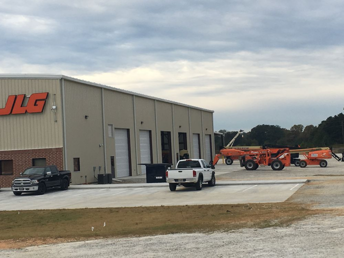 JLG's new service center in Hiram, Ga., will inspect, maintain, and repair all brands of lift and access equipment.