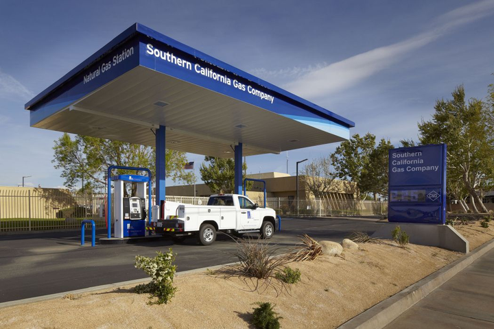 SoCalGas plans to pilot renewable natural gas (RNG) at its fueling stations.