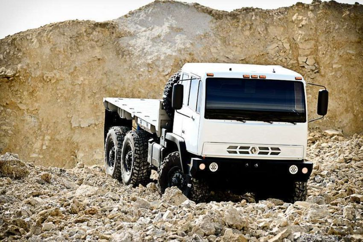 The Acela Monterra is offered in 4x4 and 6x6 configurations.  - Photo courtesy of Acela Truck Company