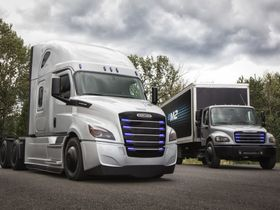 Daimler Trucks & Buses Partners on Electric Truck Batteries
