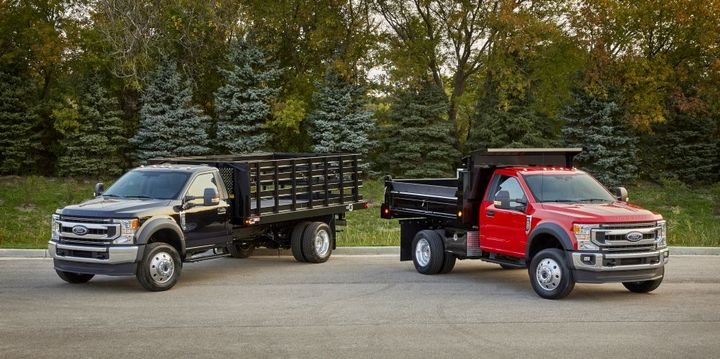 F-600 is available in regular cab configuration with a choice of four wheelbases, two-wheel or four-wheel drive, and three fuel tank configurations. -