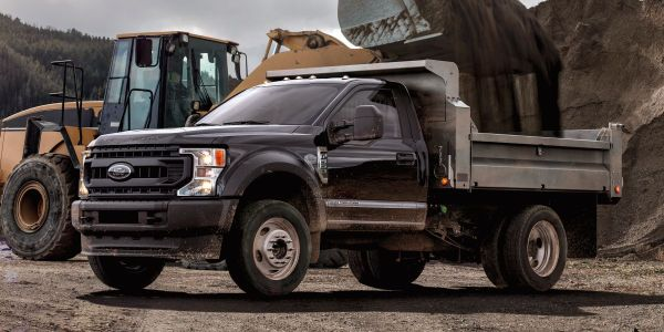 F-series Super Duty Chassis Cab models include best-in-class maximum payload of 12,750 pounds.