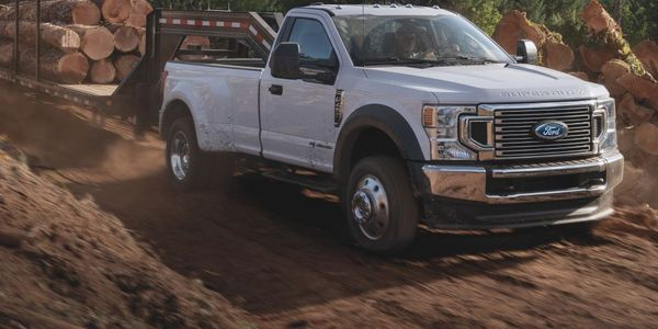 A potentially cracked bracked prompted a recall of Ford Super Duty truck models.