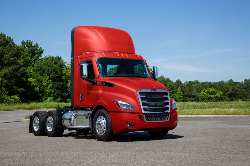 Freightliner Cascadia Recalled for Brake Pull Concerns