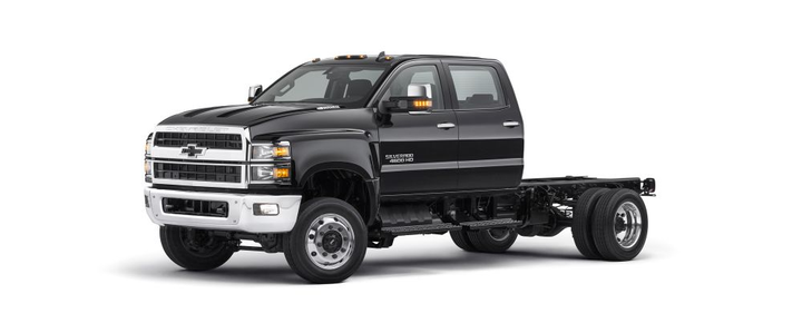The Chevrolet Silverado lineup is designed to be easy to service, with a clamshell hood and a wheel cut of up to 50 degrees that can give technicians better engine access than trucks with conventional hoods.