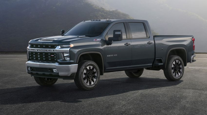 Chevrolet is offering its 2020 Silverado HD 2500/3500 pickups with a bold, sculpted form that differentiates it from the Silverado 1500.