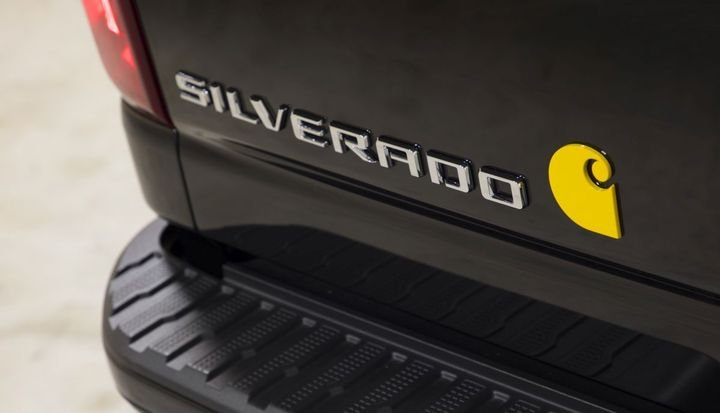 The production Silverado HD Carhartt Special Edition will be on display at the 2019 SEMA Show and will be available for sale at Chevrolet dealerships in fall 2020.
