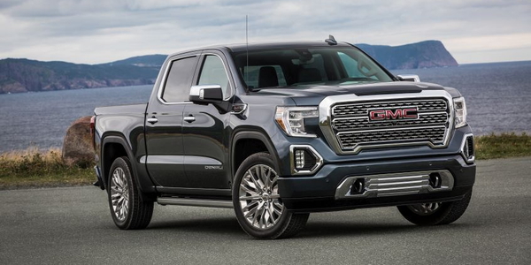 Along with its bold design and premium features, the next-generation GMC Sierra Denali ups the...